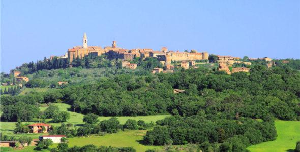RTEmagicC_Pienza_MOD-_Siena_-_Toscana_-_Shutterstock_04.jpg